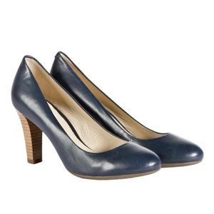Geox Blue Leather Confortable Wear Pumps